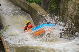 竹海峡瀑漂流.jpg