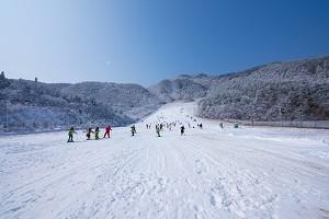 玉泉滑雪场1.jpg