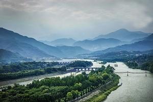 青城山.jpg