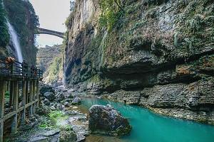 大峡谷云龙河地缝1.jpg