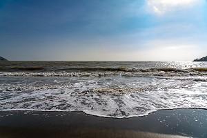 黑沙海滩2.jpg
