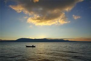 gd_洱海3.jpg