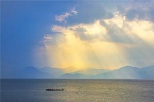 抚仙湖1.jpg