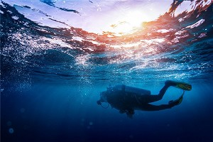 潜水1.jpg